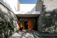 Una casa familiar con armonía natural - Javier Dueñas: | Galería de fotos 1 de 12 | AD MX
