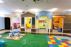 Tiny Town Play Lounge - Northville, MI - Indoor Play for Kids ages 6 months to 6 years. Kids Indoor Play Area, Indoor Play Centre, Indoor Playground, Playground Ideas, Playroom Design, Kid Playroom, Play Gym, Kids Zone, Play Spaces