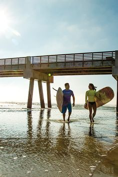 If your idea of a vacation is staying active, then Jax is the place for you. Our 22 miles of shoreline are perfect for surfing, paddle boarding and jet skiing. The St. Johns River and Intracoastal waterway is ideal for dolphin watching, boating and kayaking. And with the largest urban park system in the country, you can hike or bike through Florida's natural wildlife from dusk 'til dawn. Check it out.