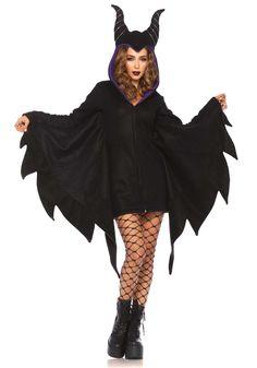 Disfraz bruja malvada mujer: Este disfraz de bruja maléfica para mujer incluye capa negra (medias y zapatos no incluidos).La capa tiene efecto polar y llega hasta la mitad de las piernas. Se cierra con cremallera. Las...