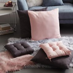 Polsterkissen Floor Chair, Throw Pillows, Flooring, Bed, Furniture, Home Decor, Armchair, Ad Home, Cushions