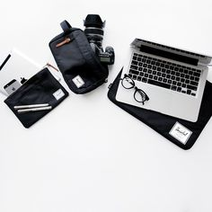 Travel essentials flatlay herschel supply Ideas for 2019 Herschel Supply Co, Mobiles, Skate, What In My Bag, My Life Style, Pencil Bags, Brand Store, Apple Products, Everyday Carry