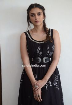 Actress Aditi Rao Hydari Stills From Sammohanam Movie Promotions - Social News XYZ Black Kurti, Black Saree, Royal Beauty, Indian Designer Suits, Indian Fashion, Women's Fashion, Bollywood Stars, Saree Blouse Designs, Indian Wear