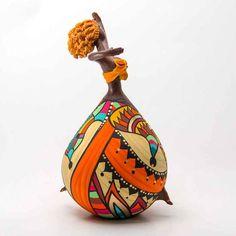 Bailarina Sol - ToCC de cabaça (porongo), modelada e pintada à mão. Promoção Frete Grátis (PAC) para todo Brasil.