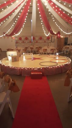 Circus tent party spaceYou can find Circus theme and more on our website. Diy Carnival, Circus Carnival Party, Circus Theme Party, Carnival Wedding, Carnival Birthday Parties, Carnival Themes, Circus Birthday, Birthday Party Themes, Adult Circus Party