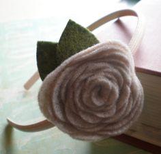 Design by Night: No Sew Felt Flower Headband