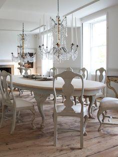Swedish Rococo Style Ellipse Dining Table LEB-SOT290