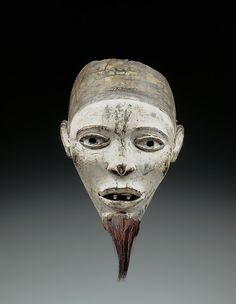Mask (Nganga Diphomba) Artist: Master of KasadiDate: 19th–early 20th century,  before 1937
