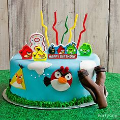 Angry Birds Fondant Cake How-to - Party City Angry Birds Birthday Cake, Bird Birthday Parties, Birthday Themes For Boys, Happy Birthday Cakes, Birthday Cake Girls, Birthday Ideas, Cupcakes, Cupcake Cakes, Cumpleaños Angry Birds