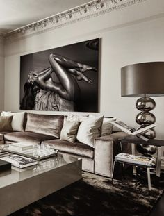 Luxurious elegant and beautiful living room designed by Eric Kuster with silver Living Room Sofa, Home Living Room, Living Room Designs, Living Room Decor, Luxury Decor, Luxury Interior, Home Interior Design, Beautiful Living Rooms, Trendy Home