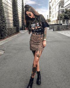 Basic Fashion Tips .Basic Fashion Tips Edgy Outfits, Fall Outfits, Summer Outfits, Cute Outfits, Fashion Outfits, Womens Fashion, Fashion Tips, Alternative Rock, Alternative Fashion