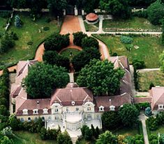 Horthy-kastély Kenderes Heart Of Europe, Hungary, Budapest, Countryside, Beautiful Places, Mansions, Landscape, House Styles, Nature