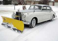 """Rolls Royce with a snow plow! swissstash: """" Lord Plow that's my name, that name again is Lord Plow. Supercars, Vintage Cars, Antique Cars, Vintage Photos, Automobile, Like A Sir, Rolls Royce Silver Cloud, Snow Plow, Old Cars"""