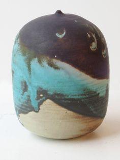 Potter Artist Toshiko Takaezu  (American: 1922–2011)