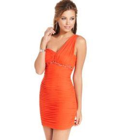 Cute orange dress!