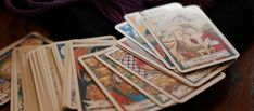 Using Tarot for Magic. Most people use tarot as a divination tool. But you can use tarot card to represent aspects of your spells. Blockchain, Tarot Significado, Happy Halloween Pictures, Halloween Gif, Halloween Banner, I Ching, Tarot Learning, Tarot Card Meanings, E Book