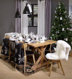 #kodin1 #joulu #joulukuusi #kattaus #talja #ruokailutila Finland, Table Settings, Table Decorations, Furniture, Home Decor, Decoration Home, Room Decor, Place Settings, Home Furnishings