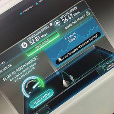 HABEMUS INTERNET!!! Semana que vem rola o upgrade pra 100mbps e aí estaremos bem na fita novamente! :)