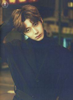 Hyungwon Photobook [Monsta X: Temperature]