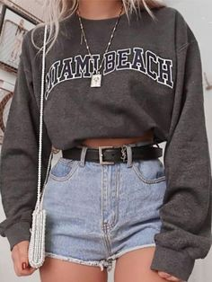 vintage outfits for teens \ vintage outfits Teen Fashion Outfits, Retro Outfits, Cute Casual Outfits, Outfits For Teens, Stylish Outfits, Cute Vintage Outfits, Easy Outfits, Casual Chic, Comfy Casual
