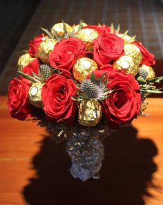 Red Ecuadorian Roses & Ferrero Rocher Bouquet Ferrero Rocher Bouquet, Ecuadorian Roses, Chocolate Brands, Chocolate Bouquet, Candy Bowl, Candy Bouquet, How To Make Chocolate, Some Ideas, Event Styling