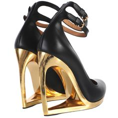LANVIN- gold high wedge. #MAJOR