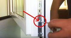 Jeśli masz plastikowe okna, koniecznie powinieneś wiedzieć o tej śrubie! If you have plastic windows, then you should know about this screw! Plastic Windows, Types Of Doors, Diy Door, Home Repair, Home Hacks, Dremel, Door Design, Good To Know, Home Remedies