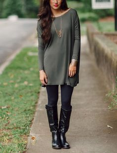 I'm in love with tunics at the moment.  Piko Tunic - Army Green – Bungalow 123