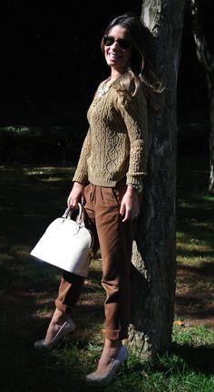 Marrom e tricô