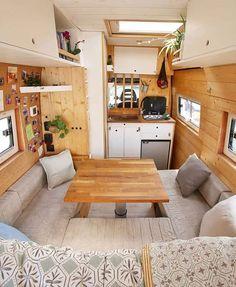 caravan design 133982157652088541 – Vanlife – Nomad – Vanliving 🚌🌎 on … Van Conversion Interior, Camper Van Conversion Diy, Van Interior, Camper Interior, Interior Design, Interior Ideas, Campervan Insurance, Kombi Motorhome, Campervan Hacks
