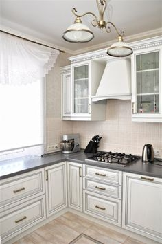 Mini Kitchen, New Kitchen, H & M Home, Cozy House, Kitchen Design, Sweet Home, Kitchen Cabinets, Bedroom, Interior