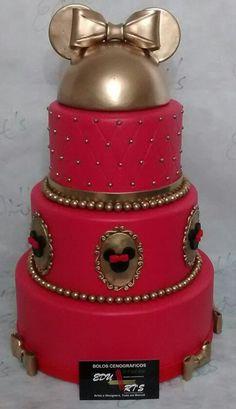 Bolo Fake Minnie Vermelha/Dourado