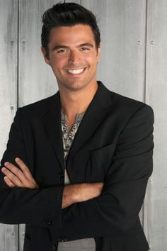 John Gidding. Amazing before & after pics on HGTV.