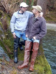 Queers are so diverse these days Mens High Boots, Scuba Diving Suit, Latex Men, Rugby Men, Hairy Hunks, Wellies Boots, Bear Men, Wellington Boot, Cool Boots