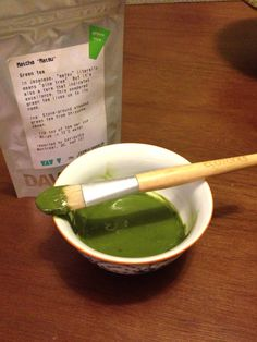 Matcha Green Tea Face Mask- soothing and anti-inflammatory. Find the recipe at oceanspotions.wordpress.com