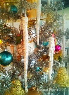 House Revivals: Make Gorgeous Spun Cotton Icicles With Paper Towels!