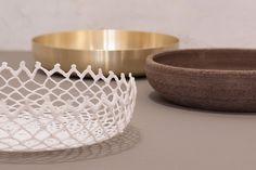 Diogenèa. A tale of bowls