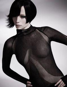 Cubism präsentiert von www.my-hair-and-me.de #women #hair #haare #bob #black #schwarz #outfit #makeup