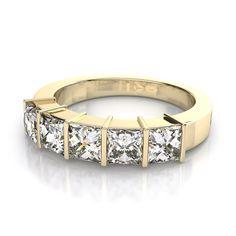 2.0ctw Princess Cut Classic 5-Stone Diamond Wedding Ring in 18k Yellow Gold SI H-I