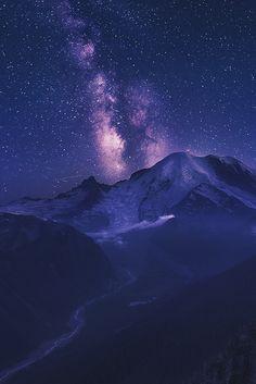 sitoutside:At the Awe of the Universe byAbdulkhalek
