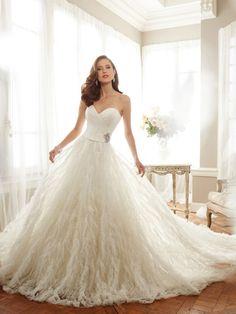 Tutti Sposa - Vestido de Noiva   Vestido de Festa   Vestido de Debutante   Vestido de Dama - Locacao de Trajes para Casamento