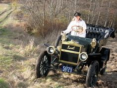 """Alice Ramsey was a 22 year old housewife living in New Jersey in 1909. She was so intrigued with cars after one of the """"monsters"""" spooked her horse that her husband bought her one. She was approached by the local Maxwell dealer to do a publicity drive and became the 1st woman to cross the country by car in 59 days. In 2009 an inspired woman named Emily Anderson drove the same route in the same model 1909 Maxwell restored by her father! The drive started in Manhattan morning rush hour…"""