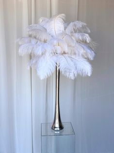 Feather Lamp, Eiffel Tower Vases, Light Decorations, Feather Decorations, Ostrich Feather Centerpieces, Silver Decorations, Cool Christmas Trees, Outdoor Light Fixtures, Outdoor Lighting