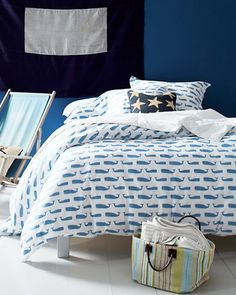 Create a coastal look with our printed percale bedding in whales.