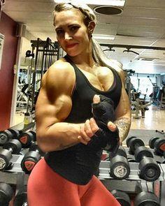 Only Ripped Girls muscle goddess #fitnessgirl