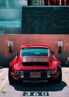 Singer Porsche 911 - My old classic car collection Porsche 911 Classic, Porsche 964, Porsche Cars, Porsche Models, Singer Porsche, Singer 911, Ferdinand Porsche, Retro Cars, Vintage Cars