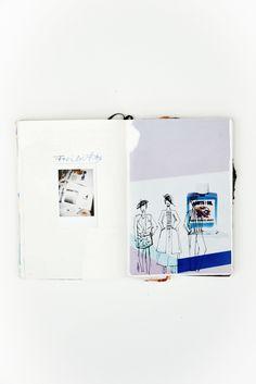 Du möchtest ein tolles Skizzenbuch gestalten ? Hier sind 20 Themen mit denen du dein Scrapbook befüllen kannst ! Außerdem gebe ich die viele Einblicke in mein Journal. Schau gleich vorbei ! Hermine on walk | Fashion | Collage | Scrapbook | Fashiondrawing | Graphic Design