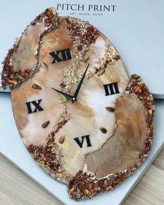 Wall Clock – Marble Watch – Amazing Watch – Art Piece – Unique Wall Clock – Home Decor – Modern Decor – Epoxy Art – Custom Watches – Wall Watches – lalepoxy Epoxy Resin Art, Diy Resin Art, Resin Crafts, Handmade Home Decor, Handmade Design, Handmade Decorations, Handmade Clocks, Diy Clock, Clock Decor