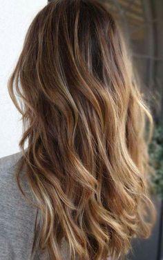 Cheveux longs ondulés dégradés