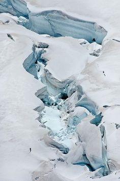 Ice - Jungfraujoch, Switzerland - 2009 - Y. Ballester / Arwen photography -